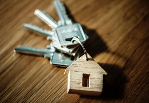 house key ring 300x207 - house-key-ring